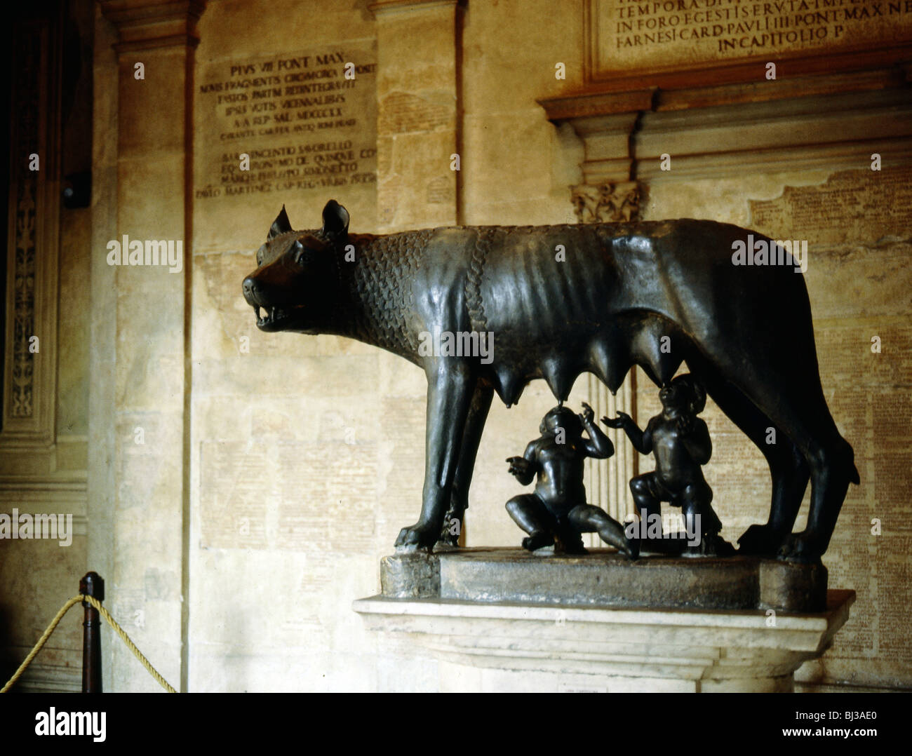 Bronze statue of the she-wolf of Rome, 5th century BC. Artist: Werner Forman - Stock Image