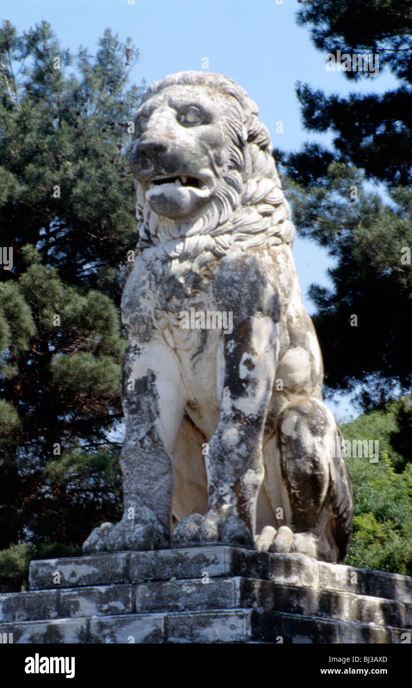 The Lion of Amphipolis, Macedonia, northern Greece, 2nd century BC. Artist: Werner Forman - Stock Image
