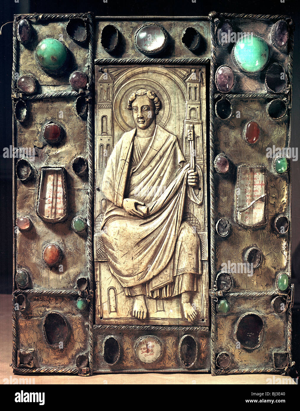 Gilded copper reliquary cover of an evangelistary, 4th-9th century. Artist: Werner Forman - Stock Image