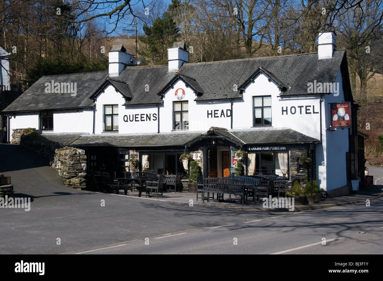 The Queen's Head pub at Troutbeck in the English Lake District - Stock Image