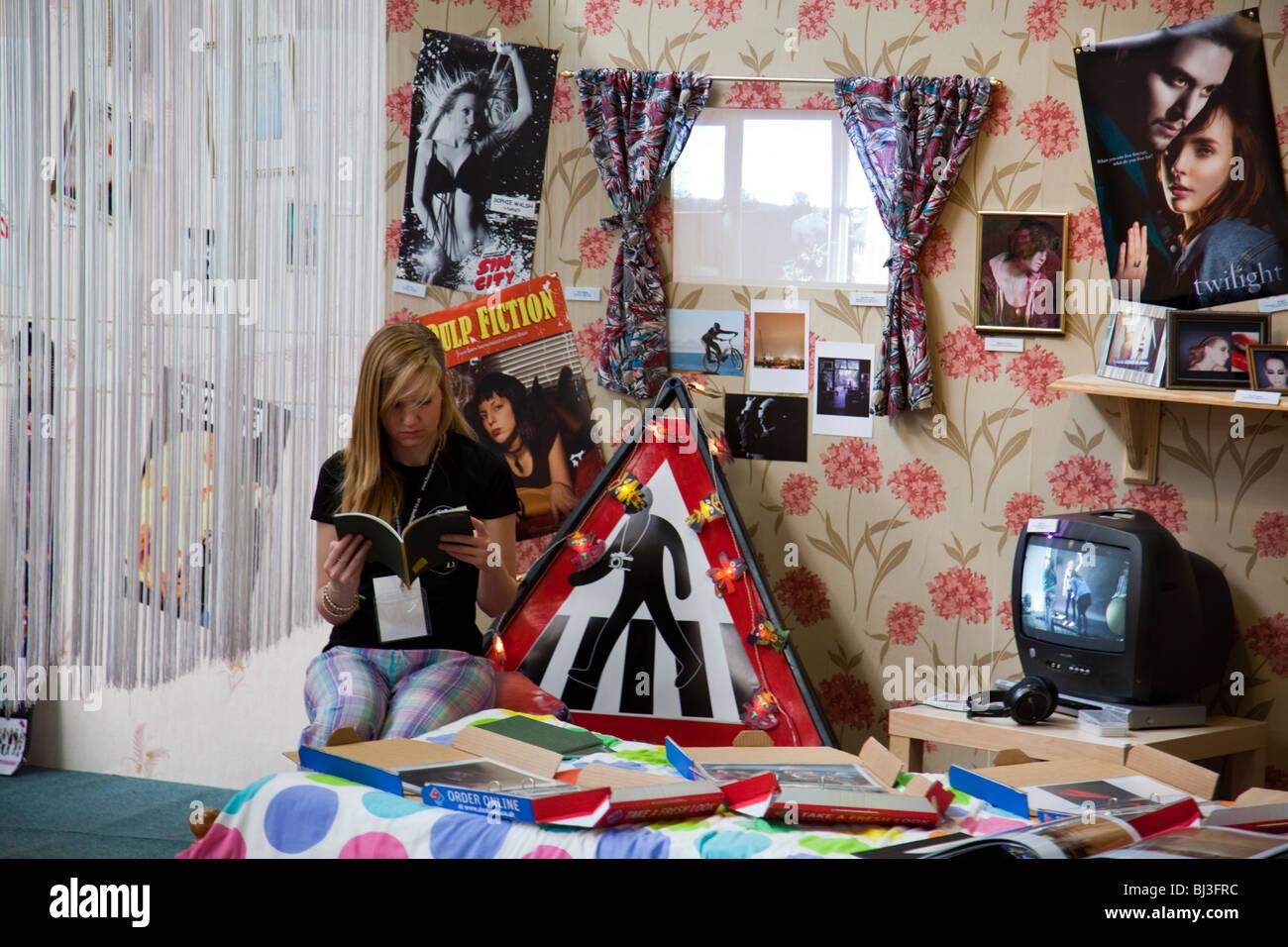 Teenage Room With Posters teenage girl bedroom posters stock photos & teenage girl bedroom