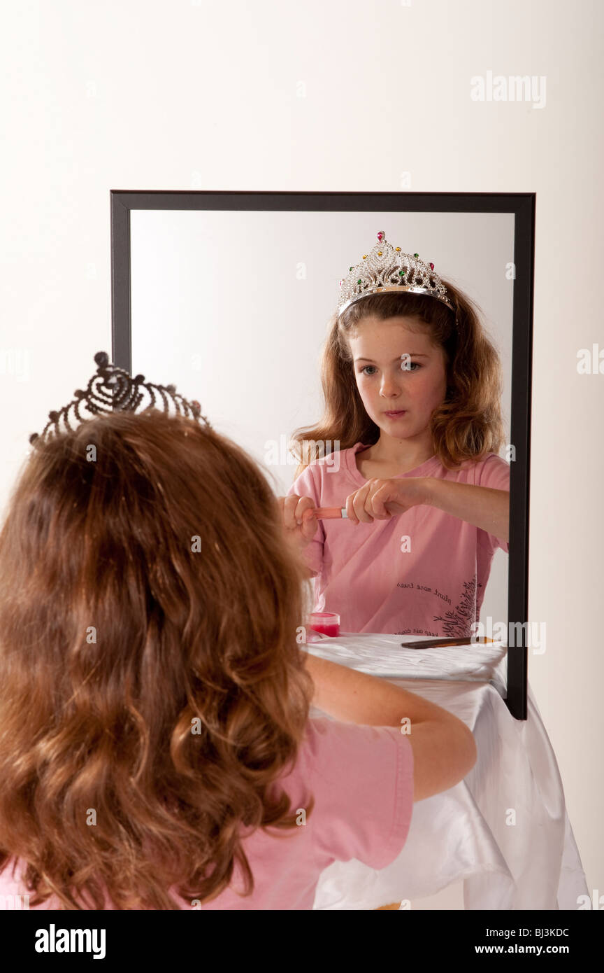 the girl in the mirror play