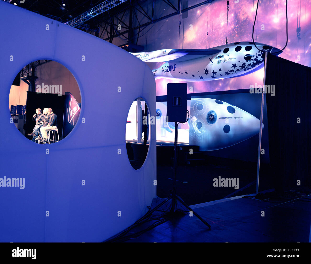 Virgin boss, Sir Richard Branson and Virgin Galactic directors Will Whitehorn and Stephen Attenborough, talk to - Stock Image