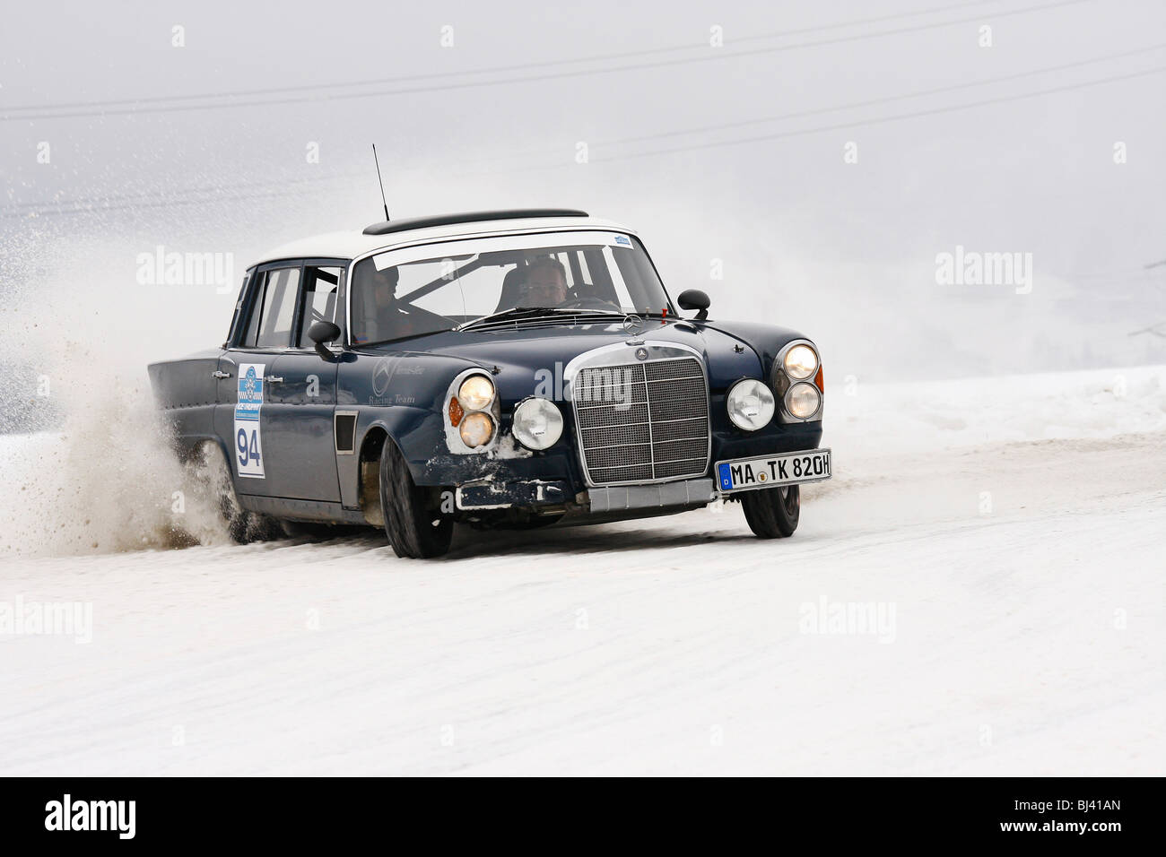 Mercedes 300 SE, built in 1965, classic cars winter race, Historic ...