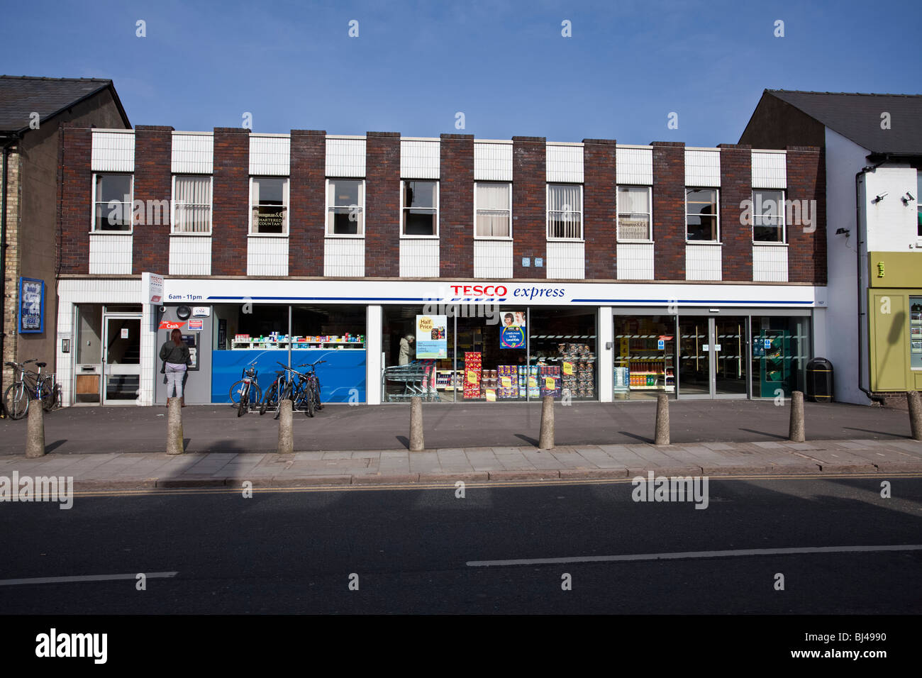 The controversial Tesco Express store in Mill Road Cambridge - Stock Image