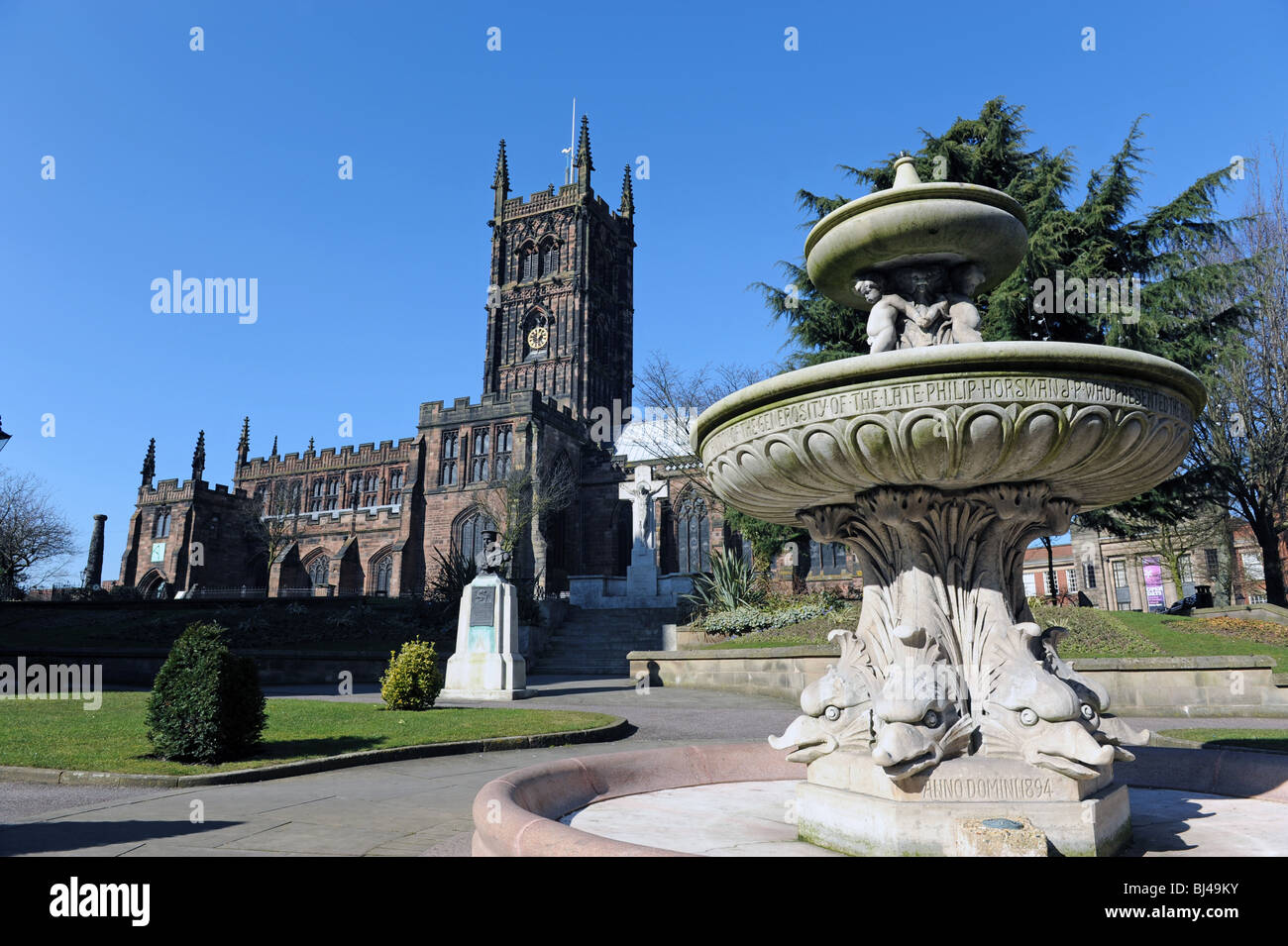 St Peters Church and gardens Wolverhampton England Uk - Stock Image
