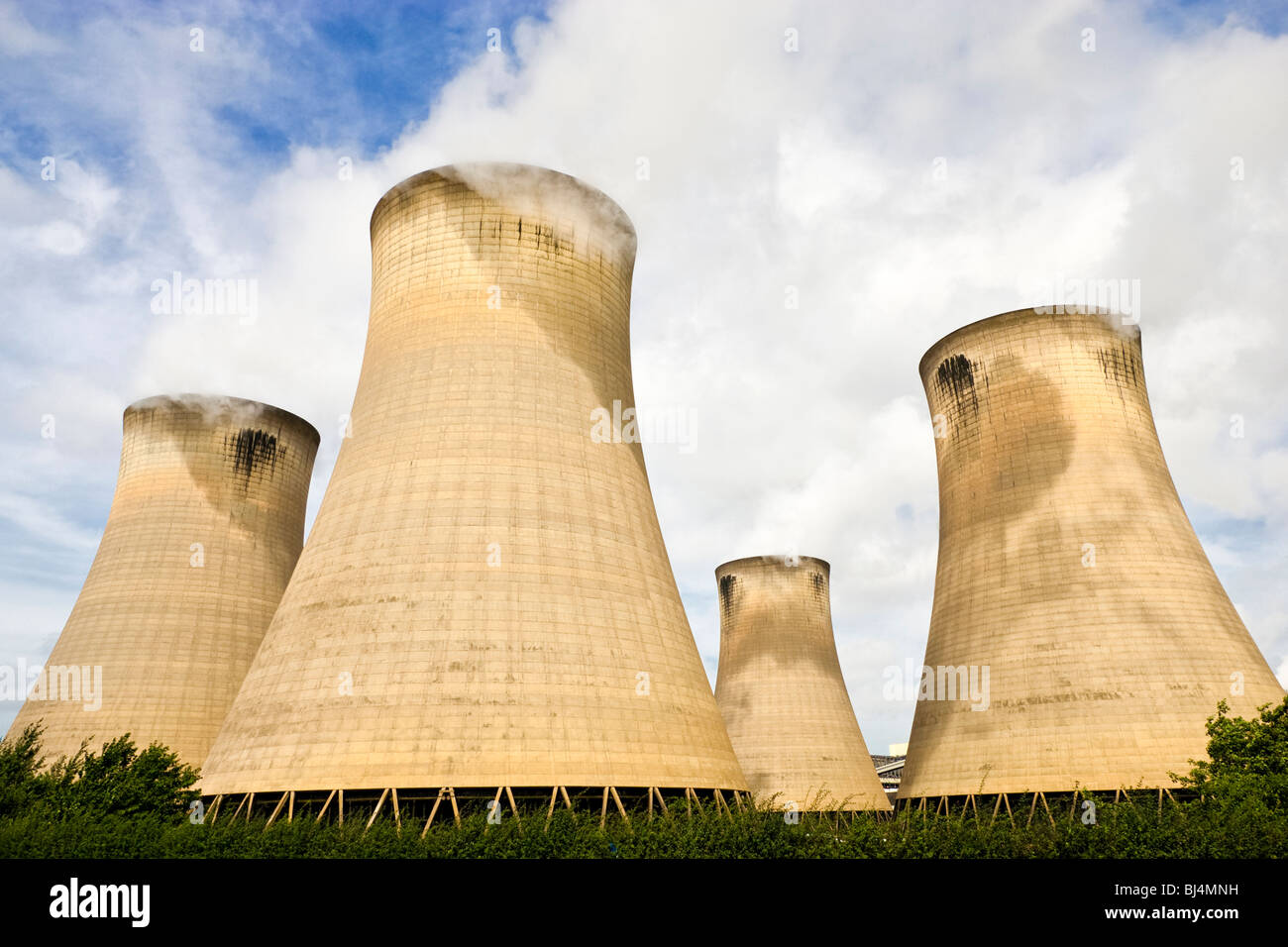 Cooling tower chimneys at coal fired power plant UK - Stock Image