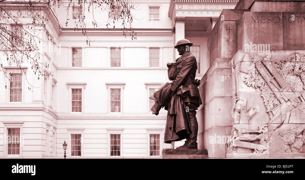 First World War memorial near Wellington Arch Hyde Park Corner London England UK with the Lanesborough Hotel behind - Stock Image
