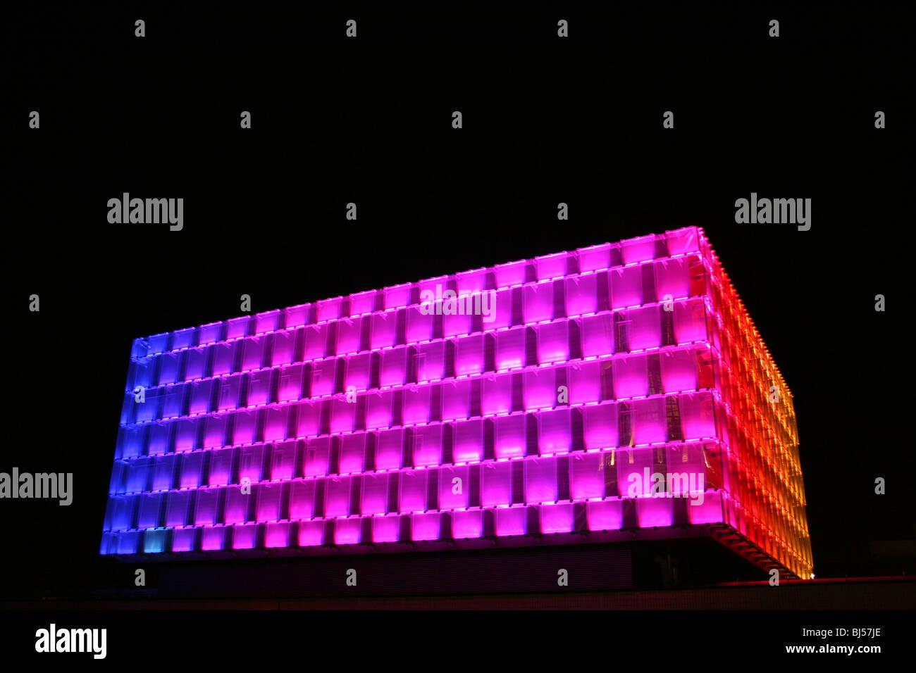 The Engineering Building At Night, Liverpool University, Merseyside, UK - Stock Image