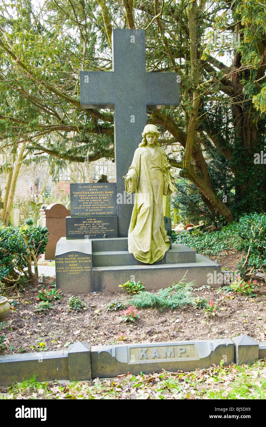 Highgate Cemetery , family tomb of Otto Christian Emanuel Kamp , Knight of the Danish Royal Order of Dannebrog , - Stock Image