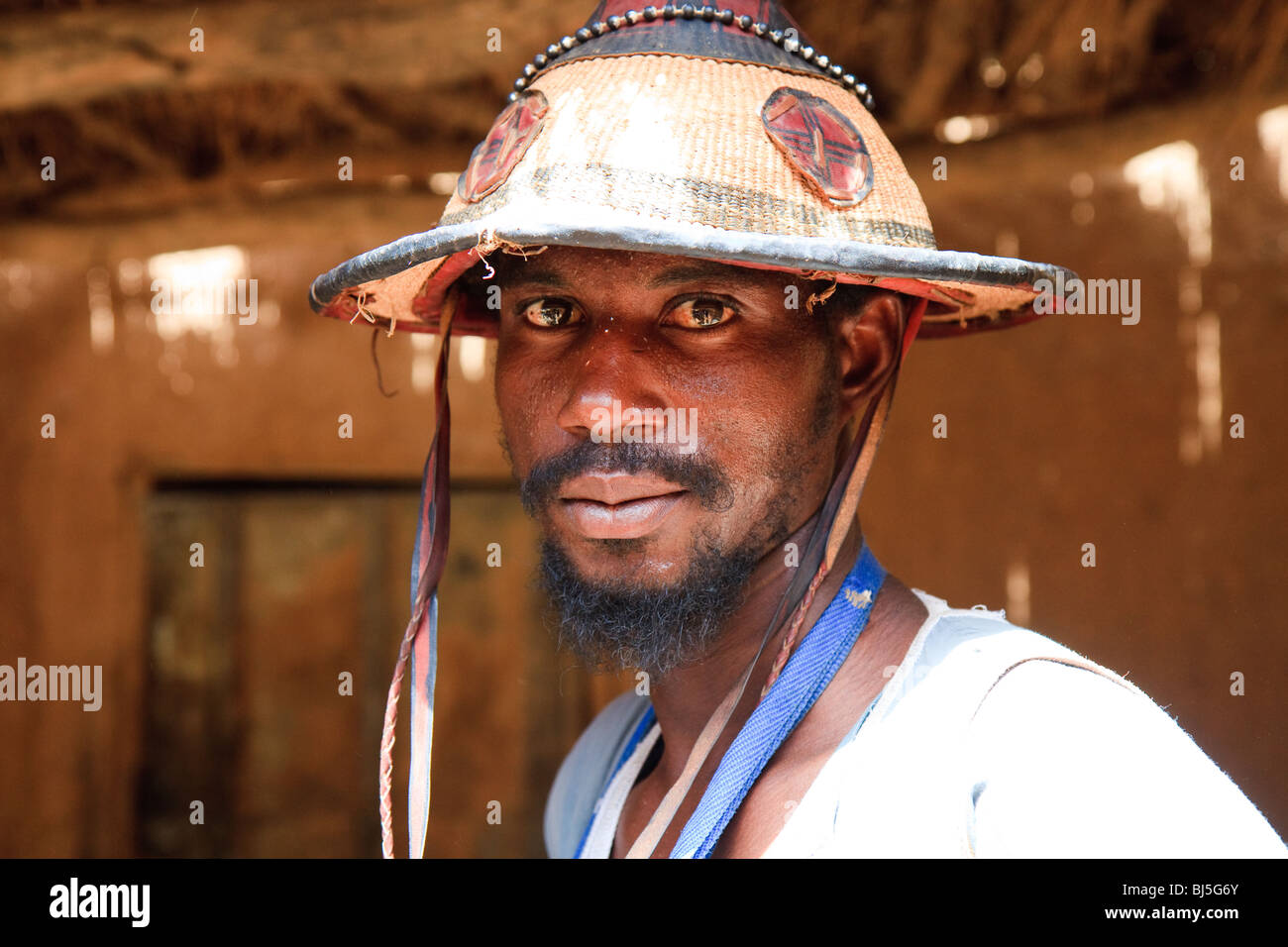 Africa Boni Mali Streets Younger Men - Stock Image