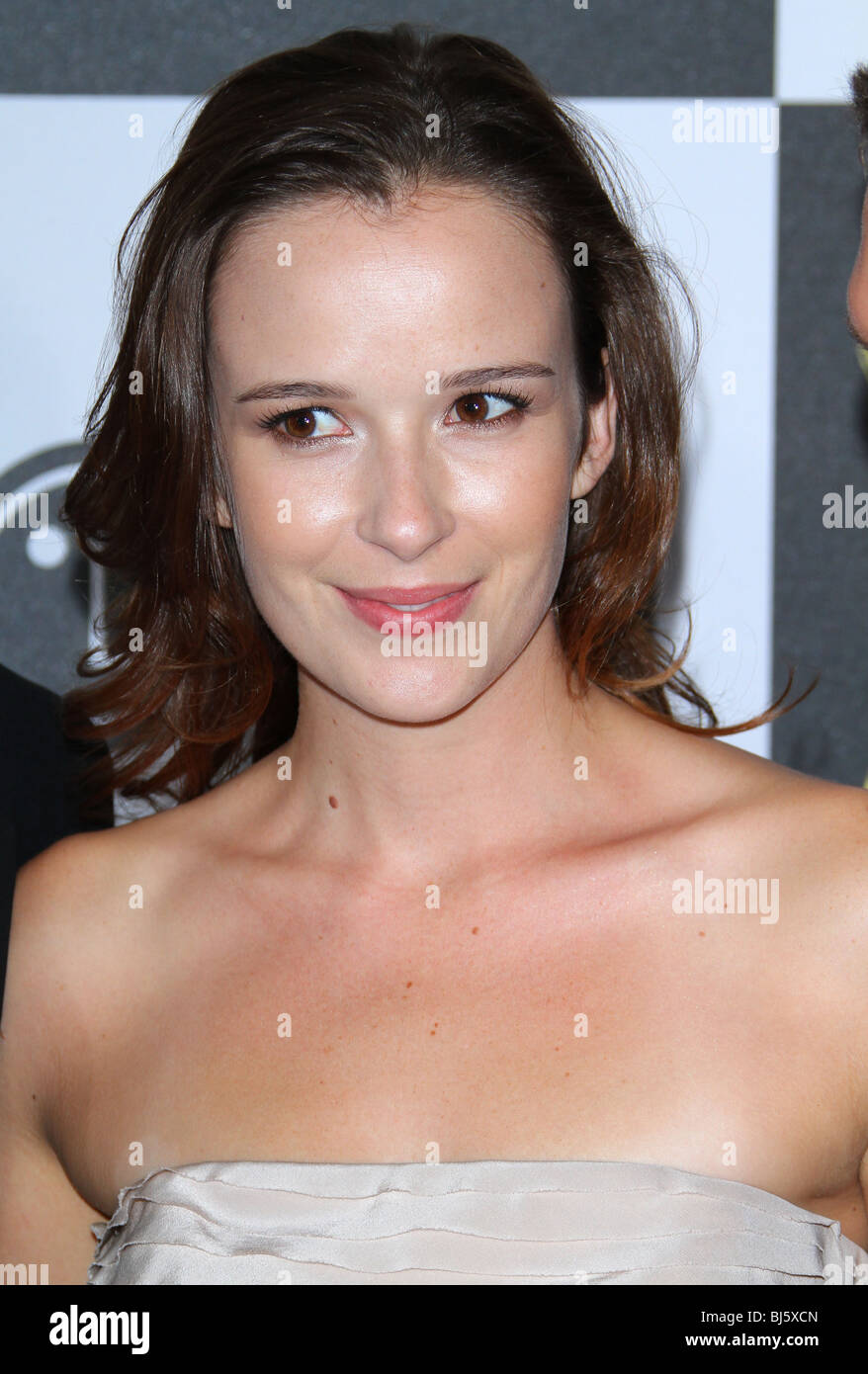 Claire van der Boom Nude Photos 96