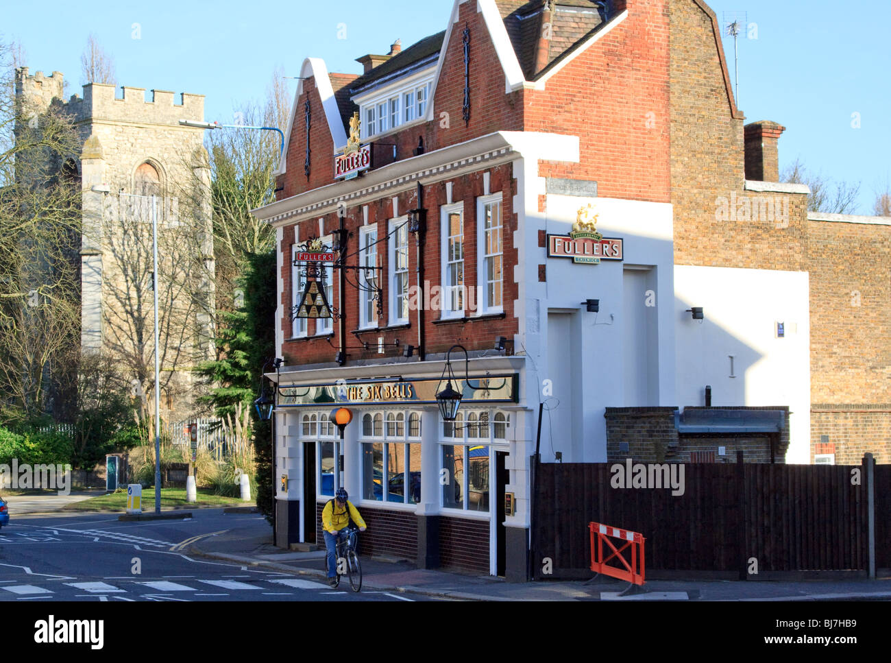 The Six Bells pub, a Fullers tied house in Brentford, London - Stock Image