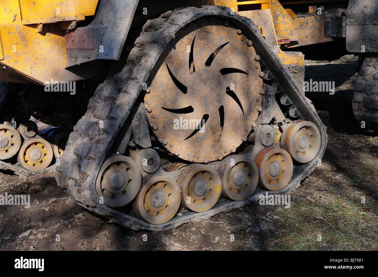 Track of Big-traz 10 large  tracked dumping machine - Stock Image