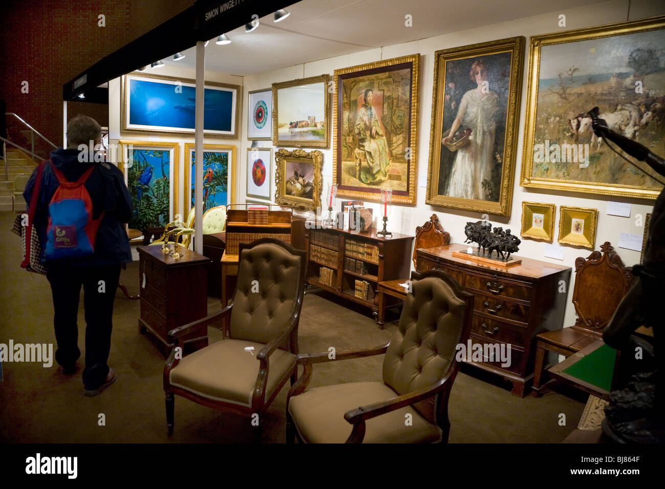 Exhibitor / stall selling antique furniture, and paintings, at the Antiques  & Fine Arts Fair, Kensington Town Hall. London. UK. - Exhibitor / Stall Selling Antique Furniture, And Paintings, At The