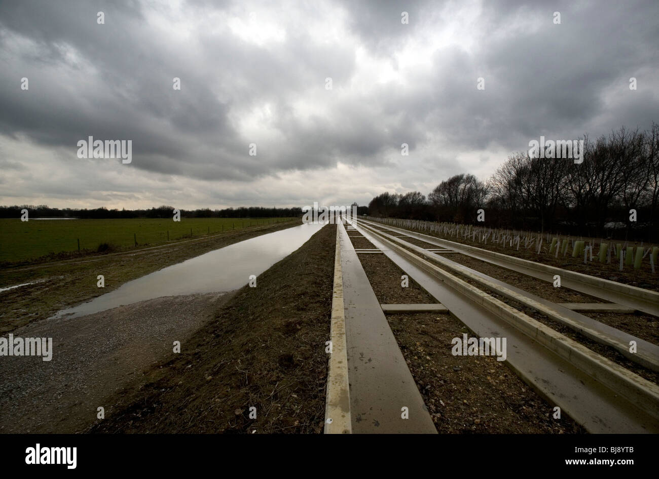 The Cambridge guided busway is paralysed. The busway due to open in 2009 between Cambridge and St Ives is now involved Stock Photo