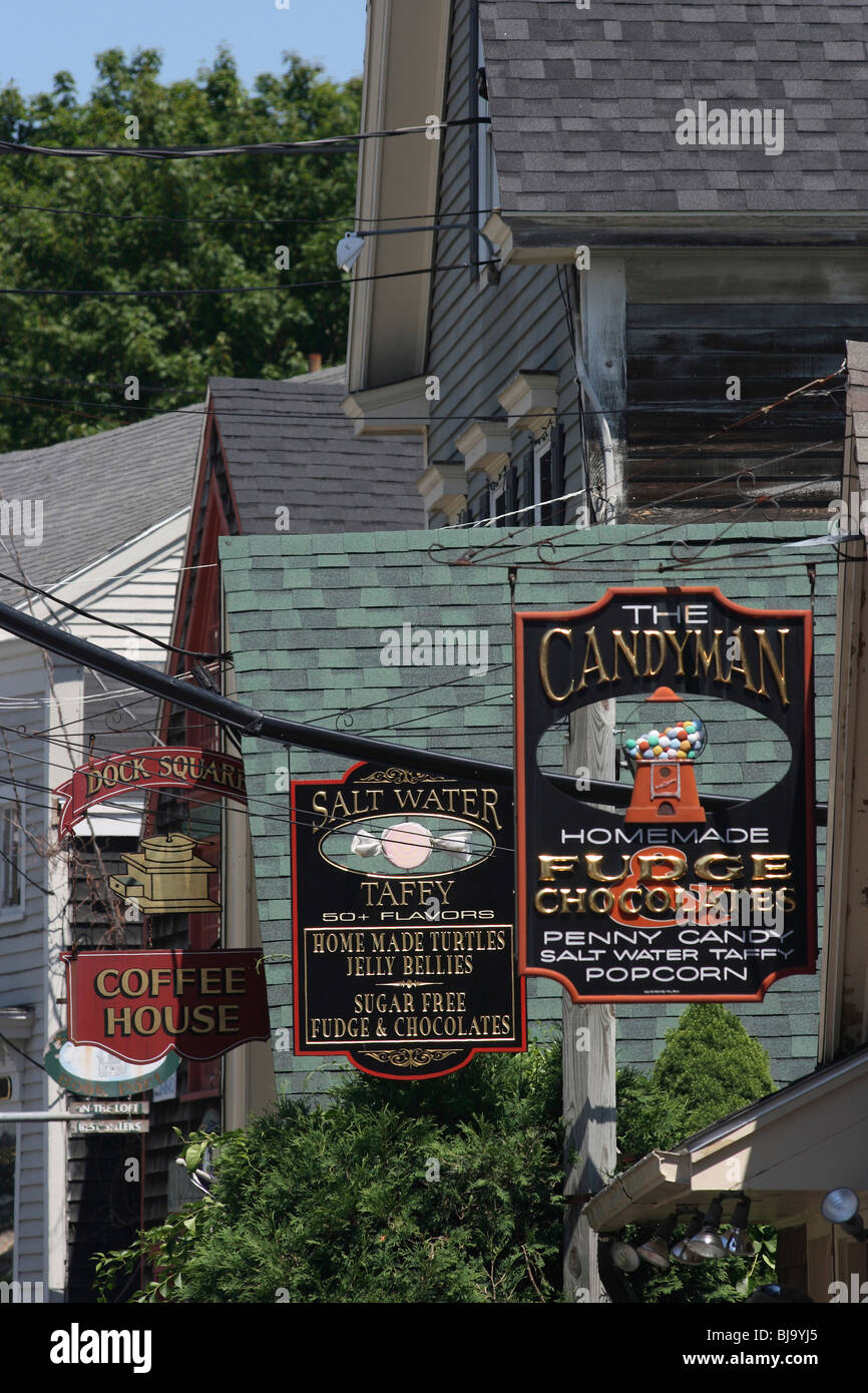 Traditional signboards of cafe and sweet shops, Kennebunkport, USA - Stock Image