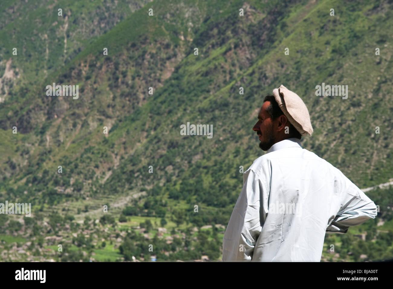 Gilgit-Baltistan Karakoram Highway Pakistan Men - Stock Image