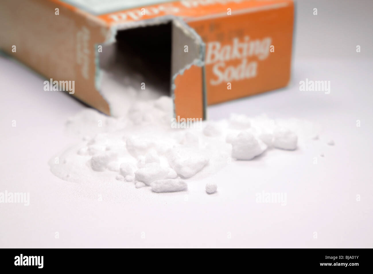sodium bicarbonate or baking soda a common leavening agent used by bakers and housewives. - Stock Image