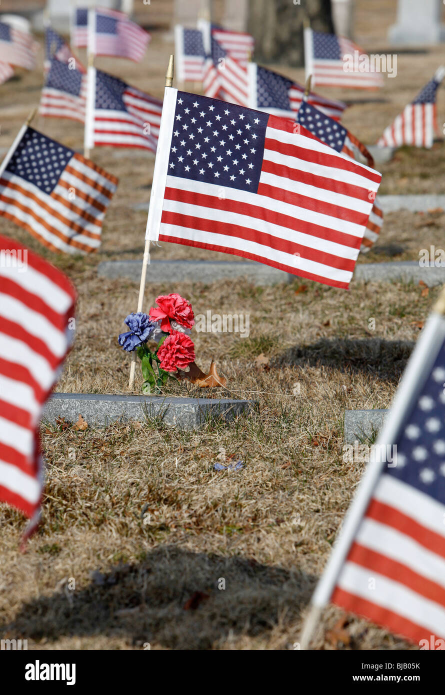 Unites States flags on grave sites at a military cemetery, Providence, Rhode Island - Stock Image