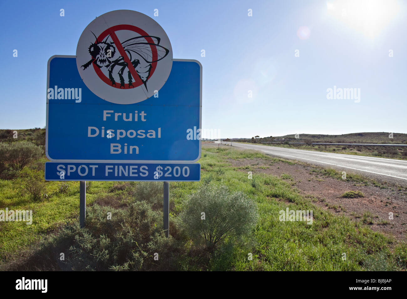 fruit fly exclusion zone sign Broken Hill, Australian outback - Stock Image