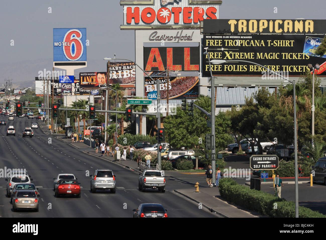 Arterial road with billboards, Las Vegas, USA - Stock Image