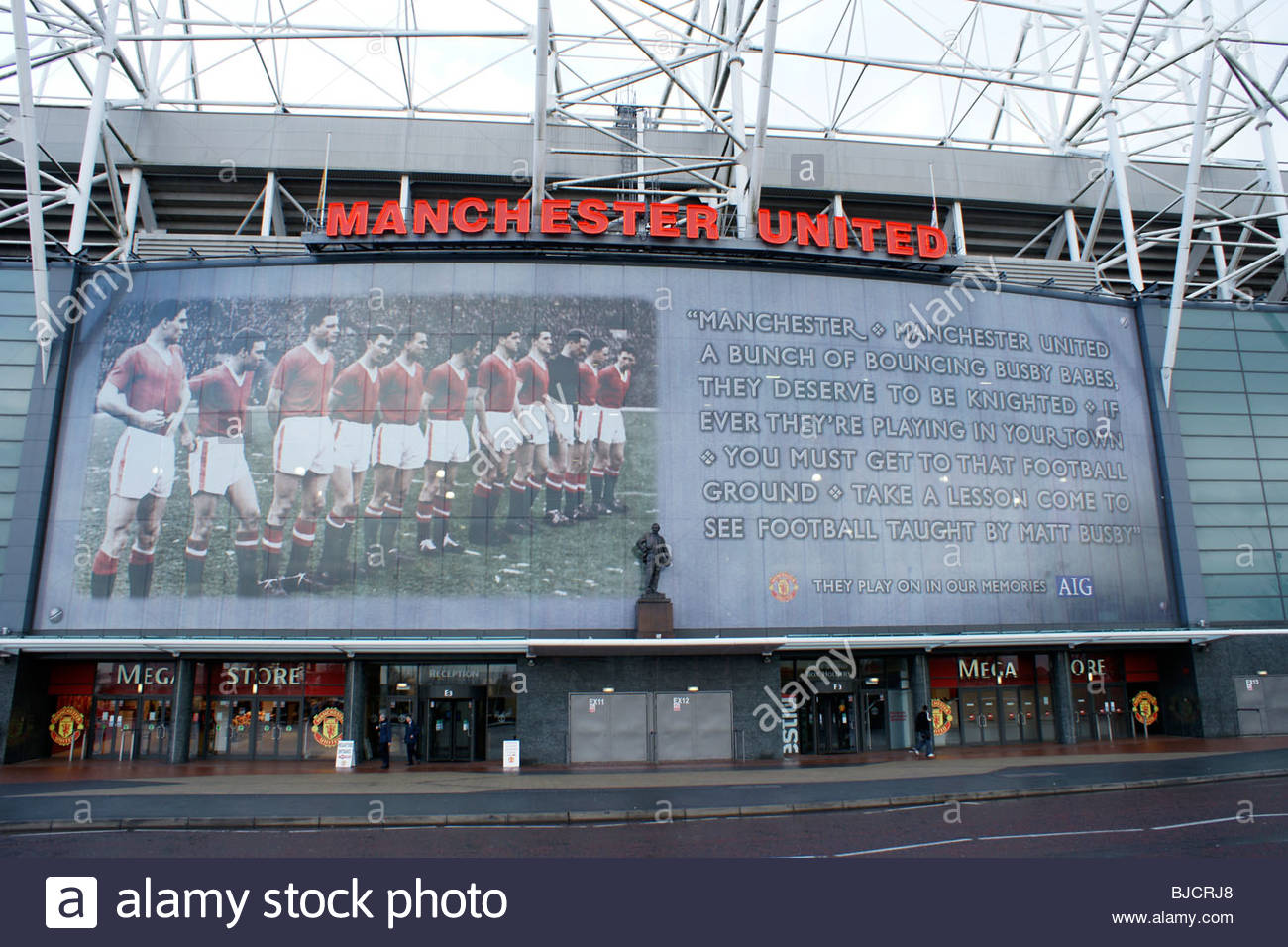 Mural of Busby Babes team at Manchester United FC Old Trafford Manchester Many were killed in 1958 Munich air disaster - Stock Image