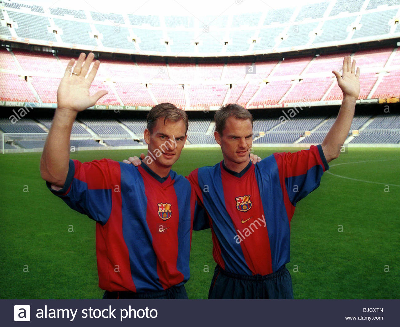 SEASON 1998/1999 BARCELONA Brothers Ronald (left) and Frank de Boer after signing for the Spanish giants. - Stock Image