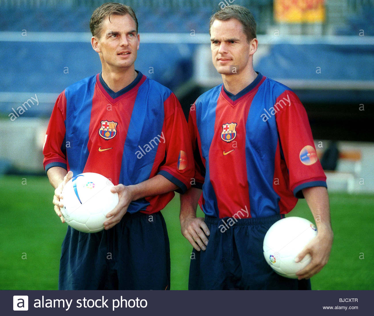 SEASON 1998/1999 BARCELONA Ronald (left) and Frank de Boer after signing for Spanish giants Barcelona. - Stock Image