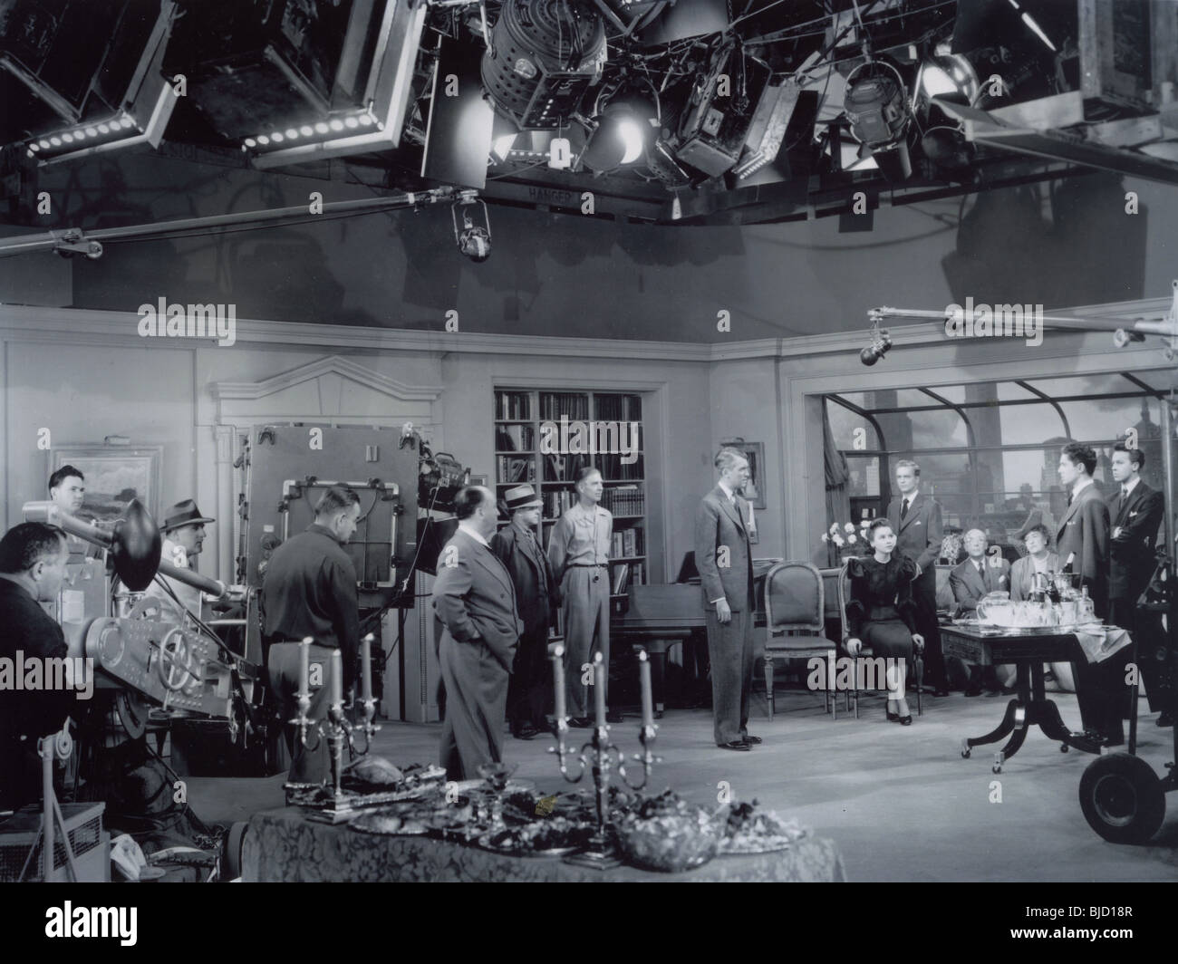 ALFRED HITCHCOCK   on the set of his 1948 film ROPE with James Stewart - Stock Image