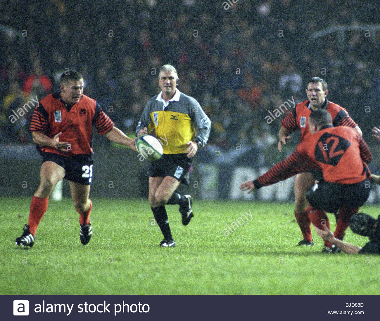 24/10/99 IRB RUGBY WORLD CUP 1999 QUARTER-FINAL SCOTLAND V NEW ZEALAND (18-30) MURRAYFIELD - EDINBURGH Scotland Stock Photo