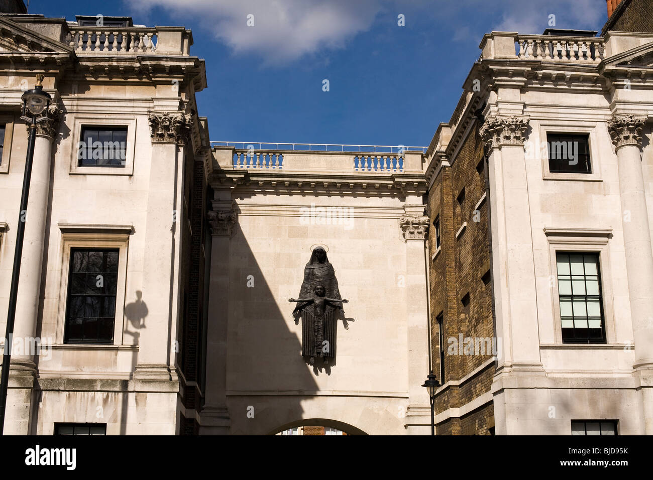 Madonna and Child, former Convent of the Holy Child Jesus, Cavendish Square, London. Sculpture in lead by Jacob - Stock Image