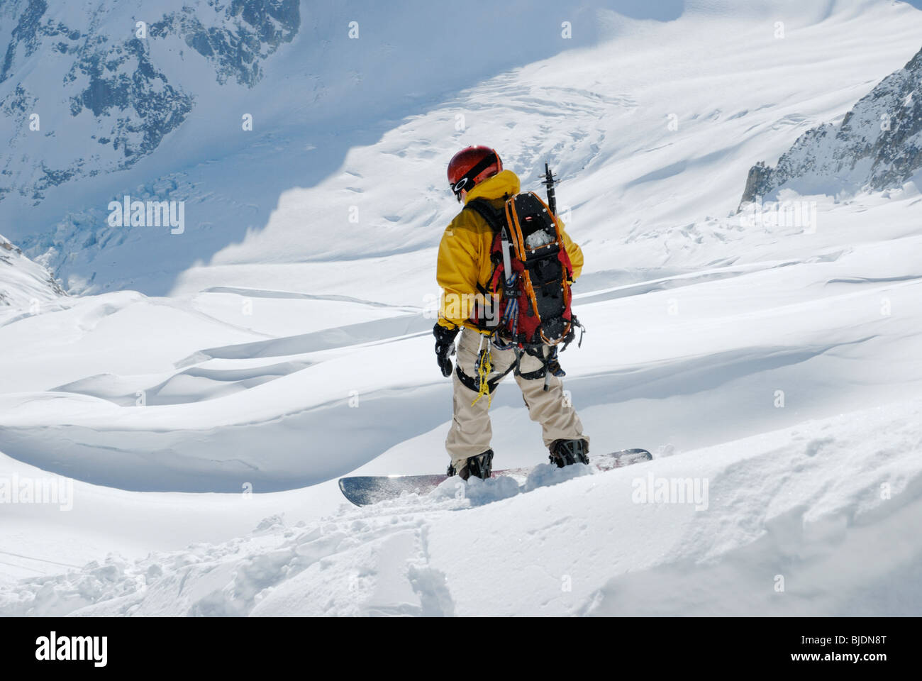 Snowboarding on 'Vallee Blanche' glacial high mountain region, Chamonix, France - Stock Image