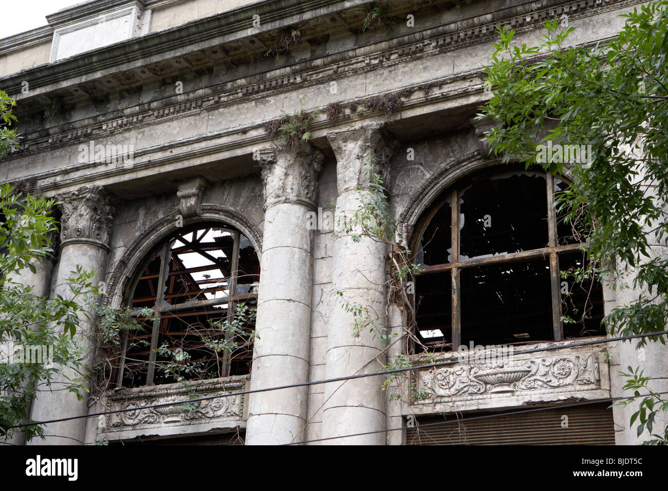 crumbling disused colonial building in la boca capital federal buenos aires republic of argentina south america - Stock Image