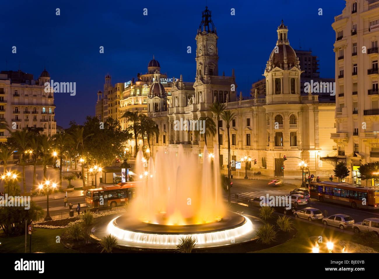 The Town Hall & fountain Plaza del Aguntamiento Valencia Costa del Azahar Valencia Province Spain - Stock Image