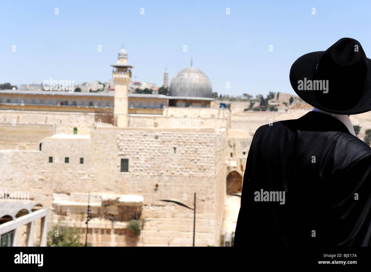 orthodox jew al-aqsa mosque - Stock Image