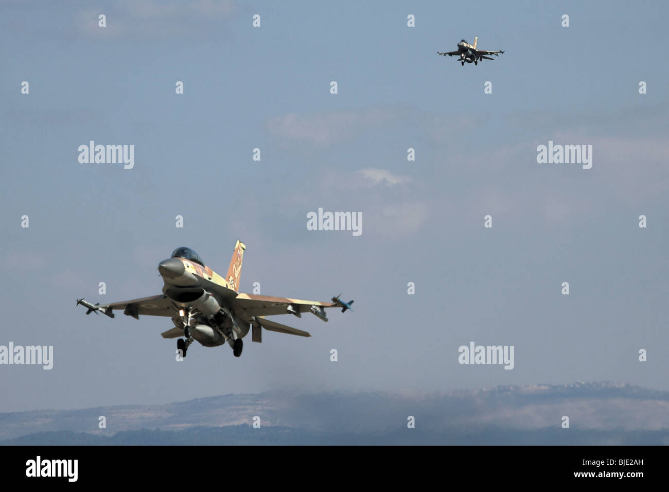 Israeli Air Force (IAF) F-16D Fighter jet in flight - Stock Image