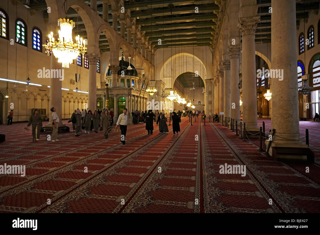 Syria Damascus the tomb of John the Baptist in the prayer hall of the Great Umayyad mosque - Stock Image