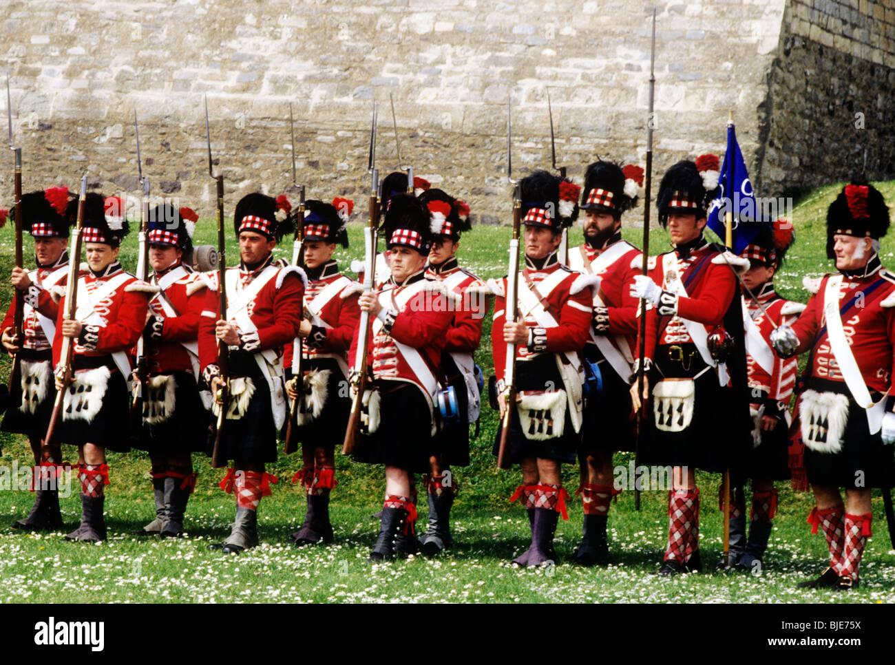 42nd Royal Highland Regiment, 1815 Scottish English British historical re-enactment Napoleonic period foot infantry - Stock Image