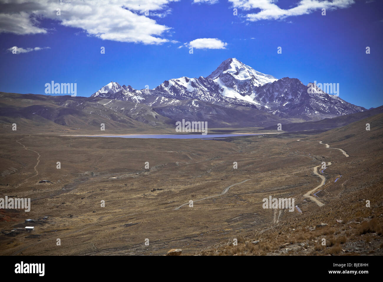 Chacaltaya mountain and the ski resort (the cold road) Cordillera Real, Altiplano, Andes, La Paz, Bolivia, South - Stock Image