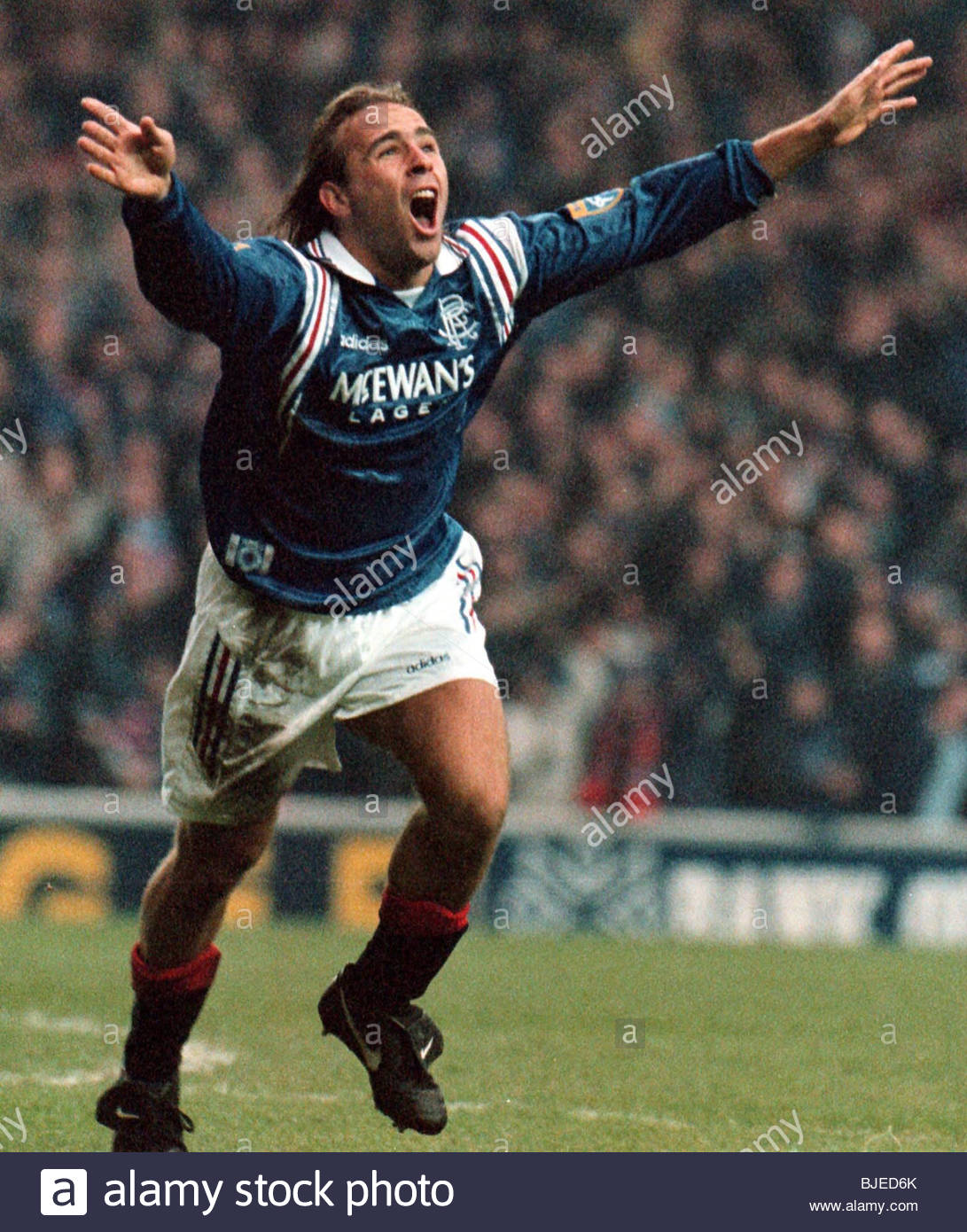 25/01/97 TENNENT'S SCOTTISH CUP 3RD RND RANGERS V ST JOHNSTONE (2-0) IBROX - GLASGOW Sebastian Rozental celebrates - Stock Image