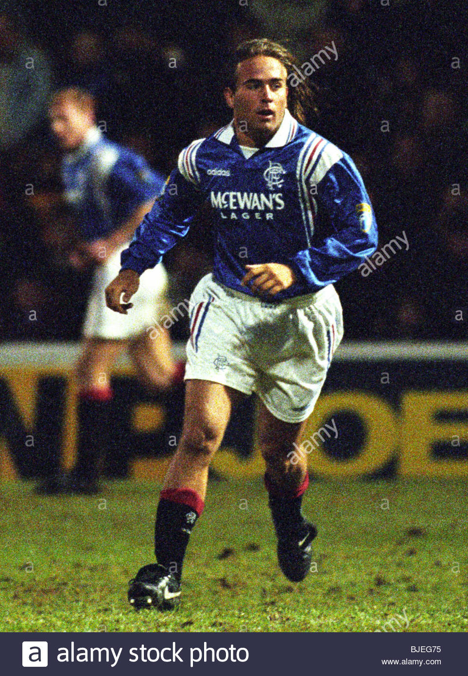 18/01/97 BELL'S PREMIER DIVISION MOTHERWELL V RANGERS (1-3) FIR PARK - MOTHERWELL Sebastian Rozental makes his - Stock Image