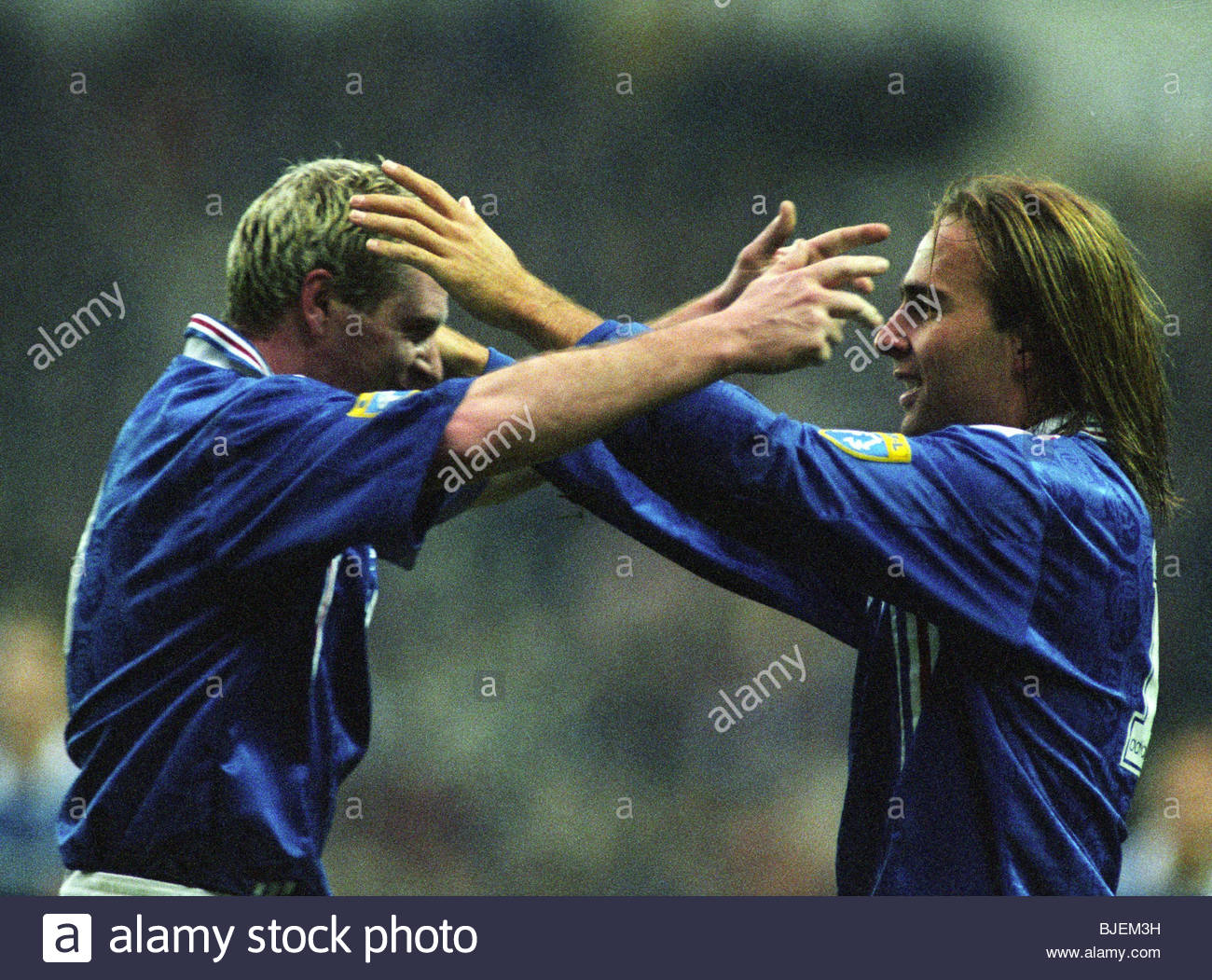 25/01/97 TENNENT'S SCOTTISH CUP 3RD RND RANGERS V ST JOHNSTONE (2-0) IBROX - GLASGOW Sebastian Rozental (right) - Stock Image