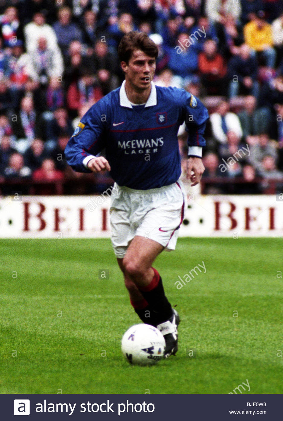 25/04/98 BELL'S PREMIER DIVISION HEARTS v RANGERS (0-3) TYNECASTLE - EDINBURGH Brian Laudrup in action for Rangers. - Stock Image