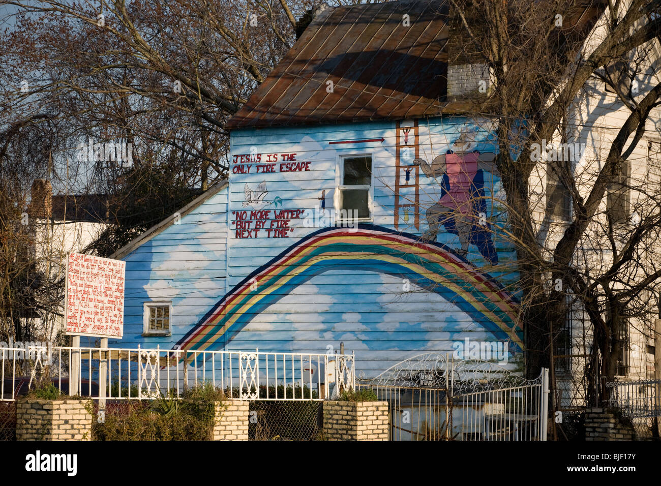 Religious fervor in derelict property, Charleston, South Carolina - Stock Image