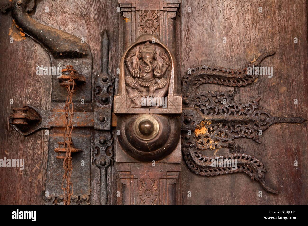 India Kerala Kochi Mattancherry Jewtown Old Iron And