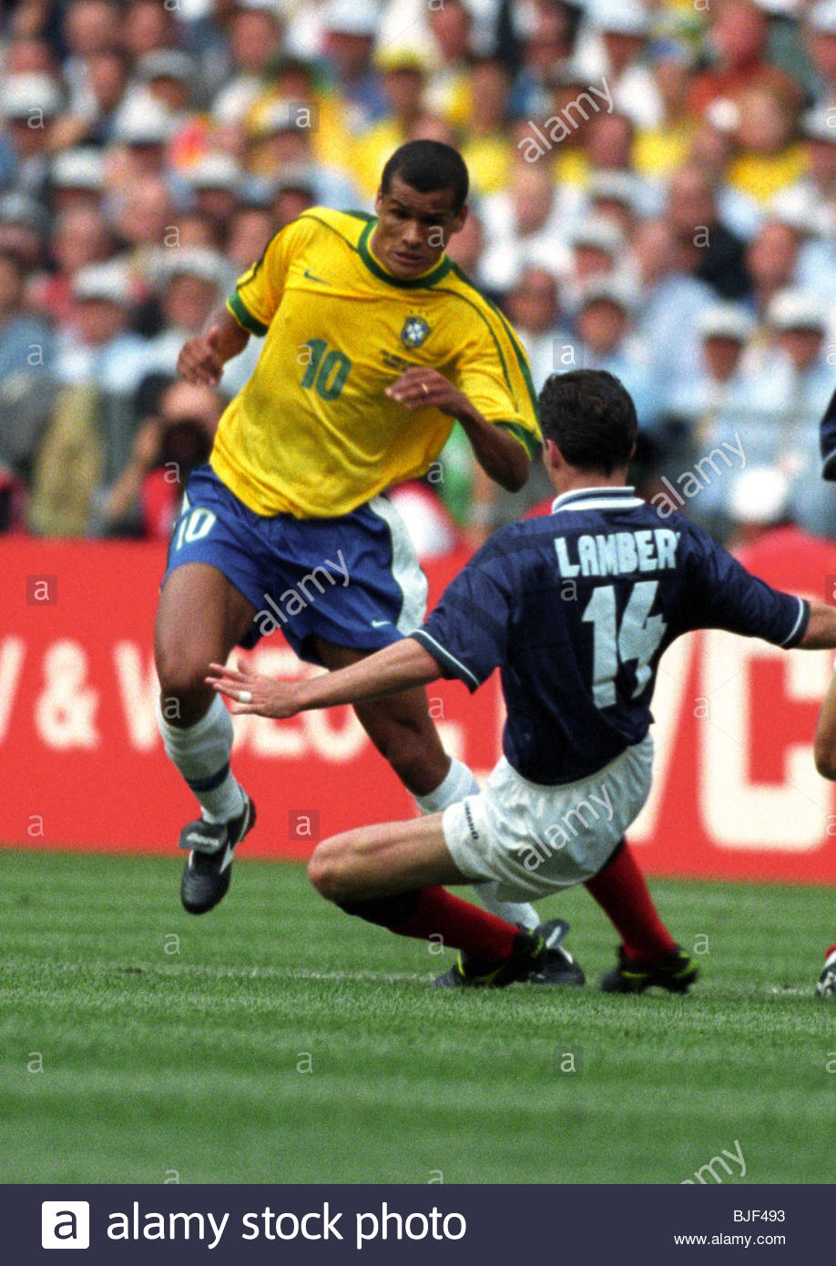 100698 fifa world cup 1998 brazil v scotland 21 stade