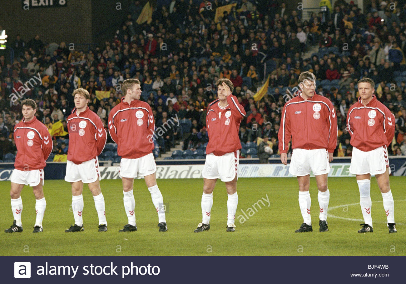 25/03/98 INTERNATIONAL FRIENDLY SCOTLAND V DENMARK (0-1) IBROX - GLASGOW Denmark's Brian Laudrup (3rd right) - Stock Image