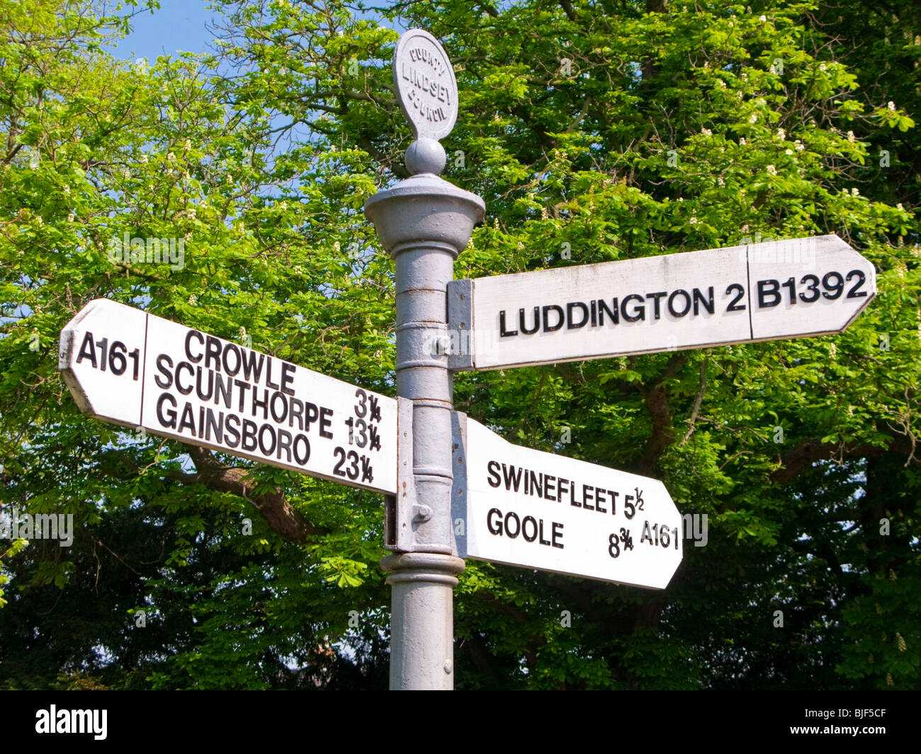 Historic Lindsey Council directional signpost on the Isle of Axholme, Eastoft, North Lincolnshire UK - Stock Image