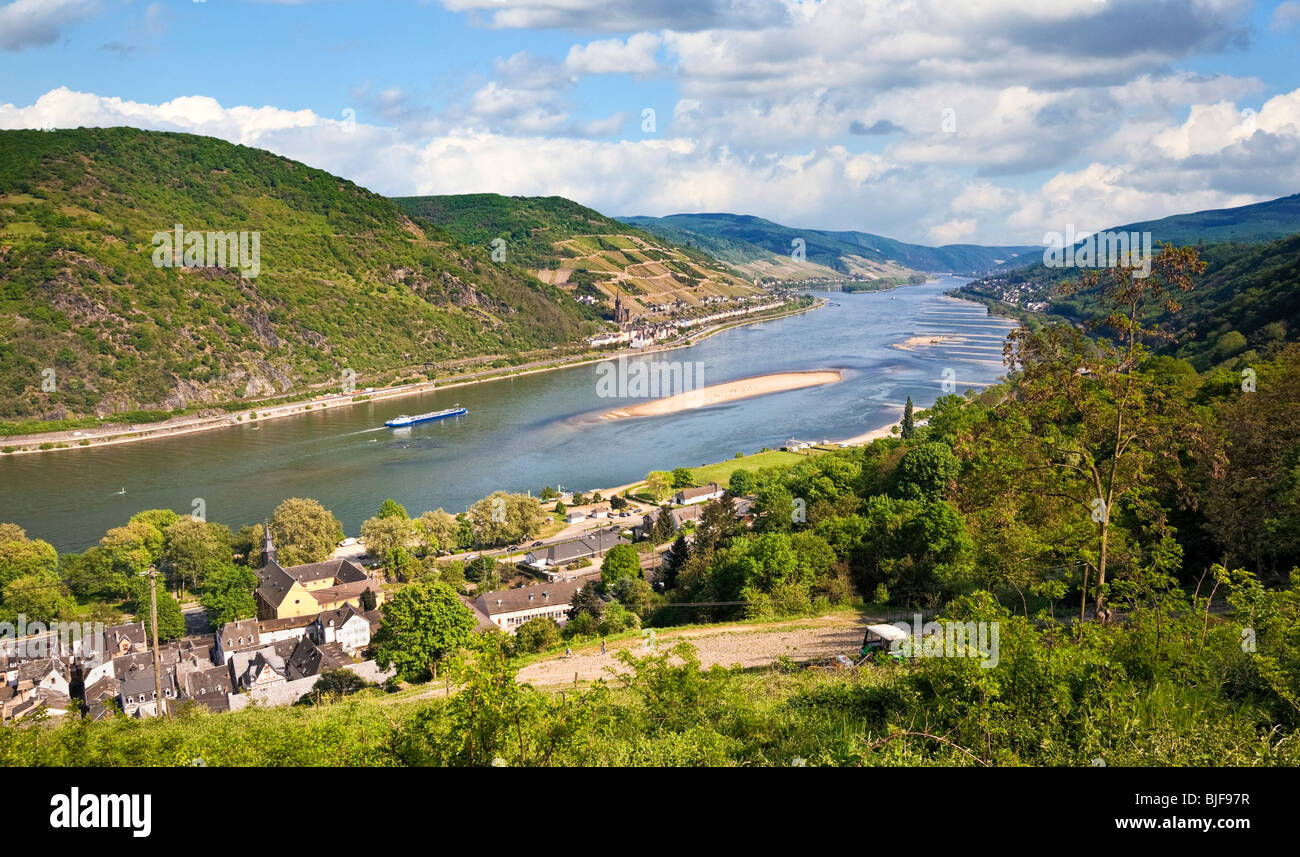 View of the Rhine River looking towards Lorchhausen and Lorch, Rhine, Rhineland, Germany, Europe - Stock Image